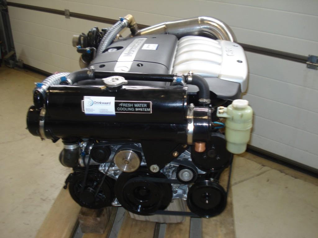 Mercedes diesel motoren drinkwaard jachtservice for Mercedes benz marine engines